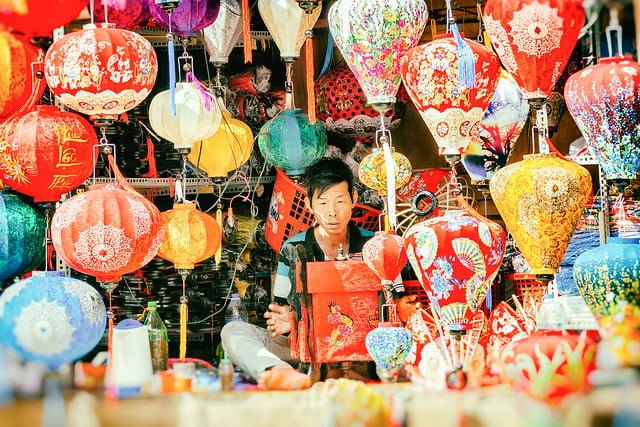 TOP 5 SPECIAL SOUVENIRS YOU SHOULD BUY IN VIETNAM   5