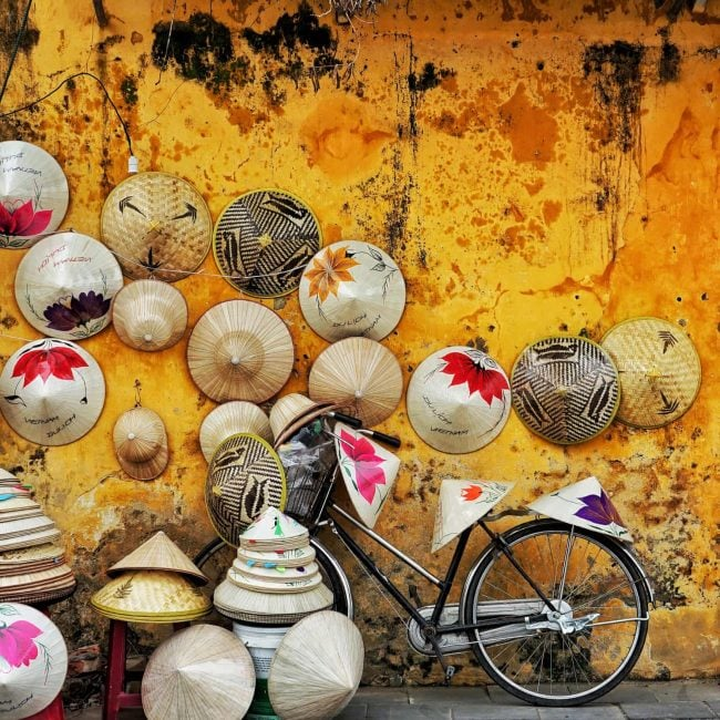TOP 5 SPECIAL SOUVENIRS YOU SHOULD BUY IN VIETNAM