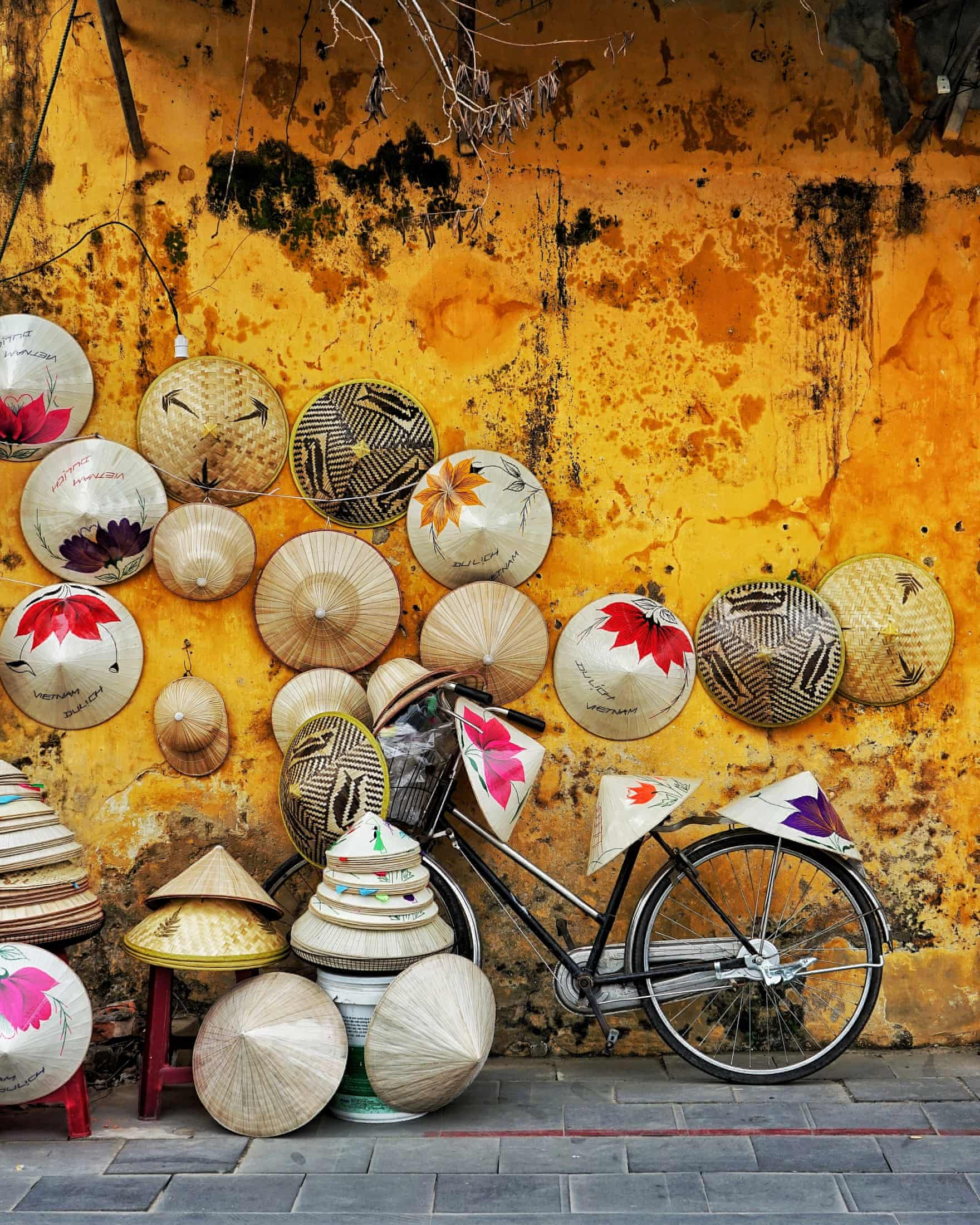 Top 5 special gifts should be bought when traveling HCMC 16