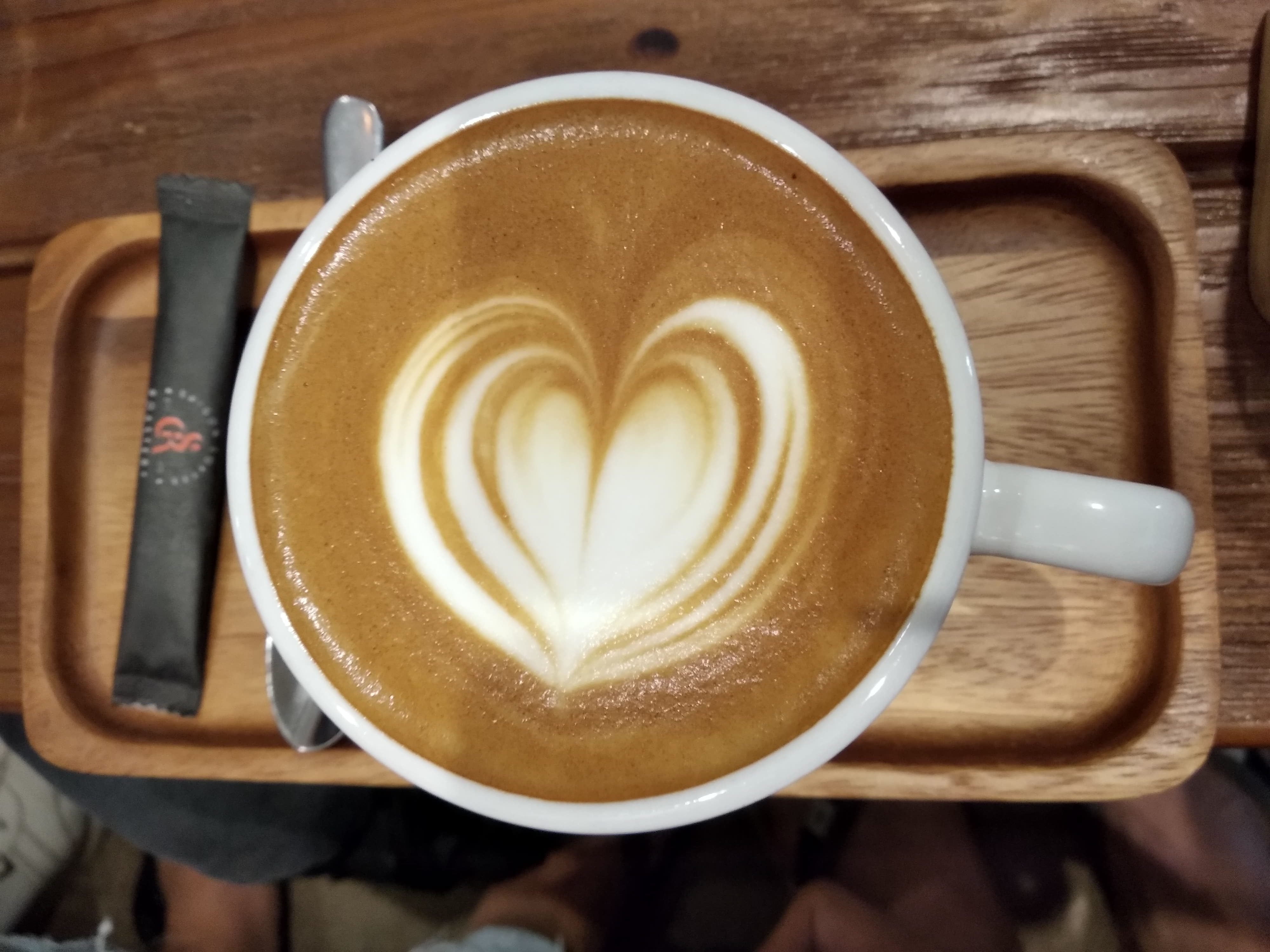 6 HANOI COFFEE SHOPS GO WITH THE FLOW OF TIME 2