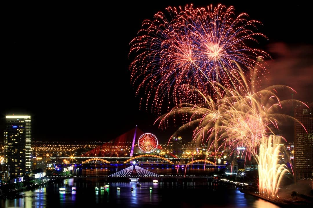Top 10 best places to watch fireworks on Vietnam National holidays 4