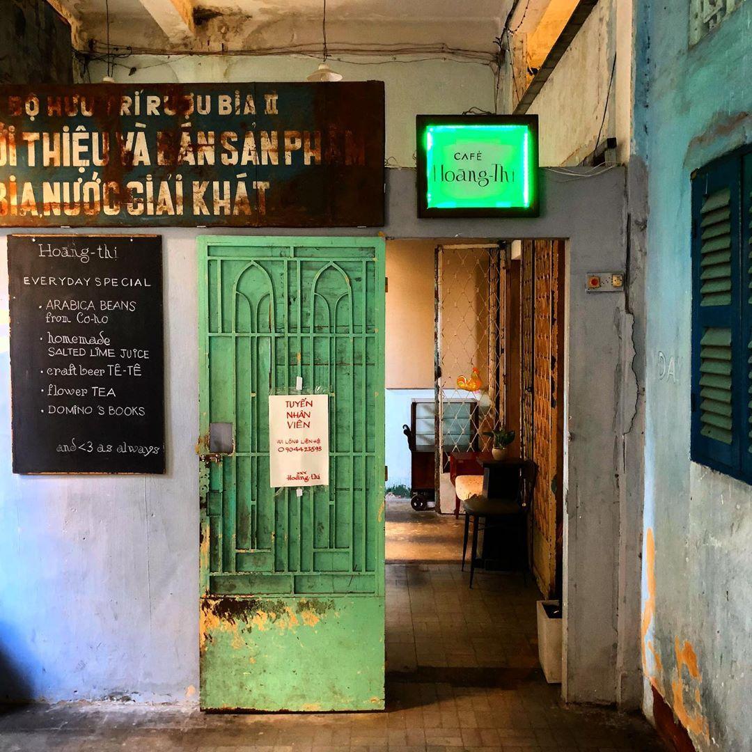 Top 7 Best Retro Style Café in Saigon 6