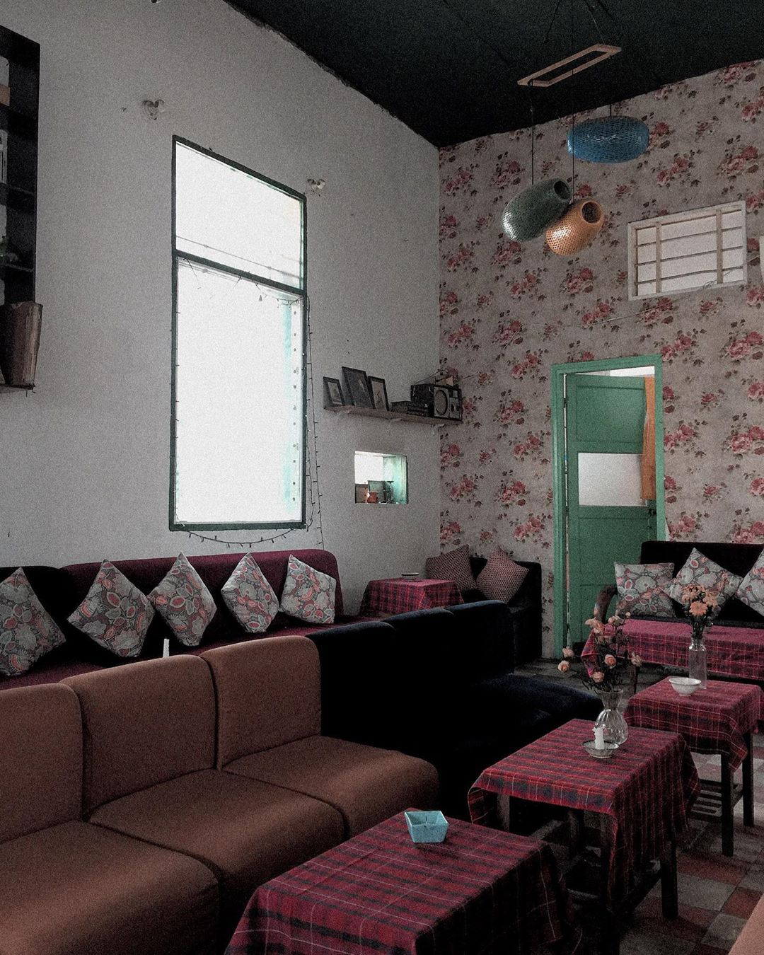 Top 7 Best Retro Style Café in Saigon 7