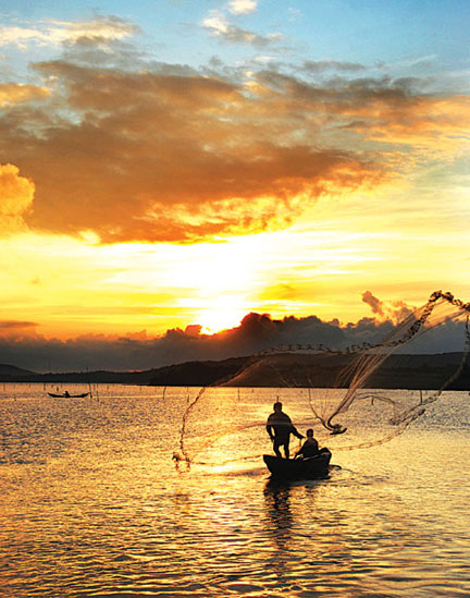 top 8 places in phu yen for backpackers viet nam