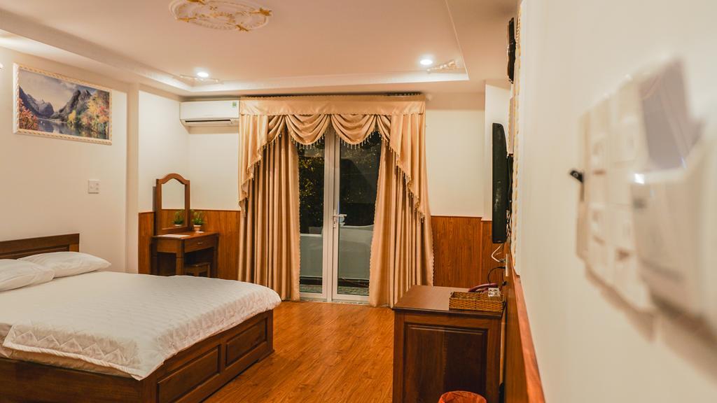hotel & restaurant in kon tum